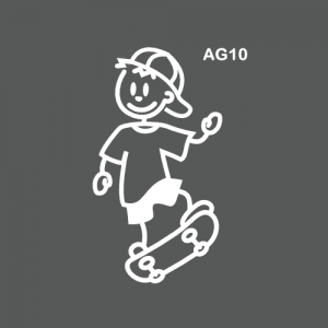 Ado garçon sur un skateboard